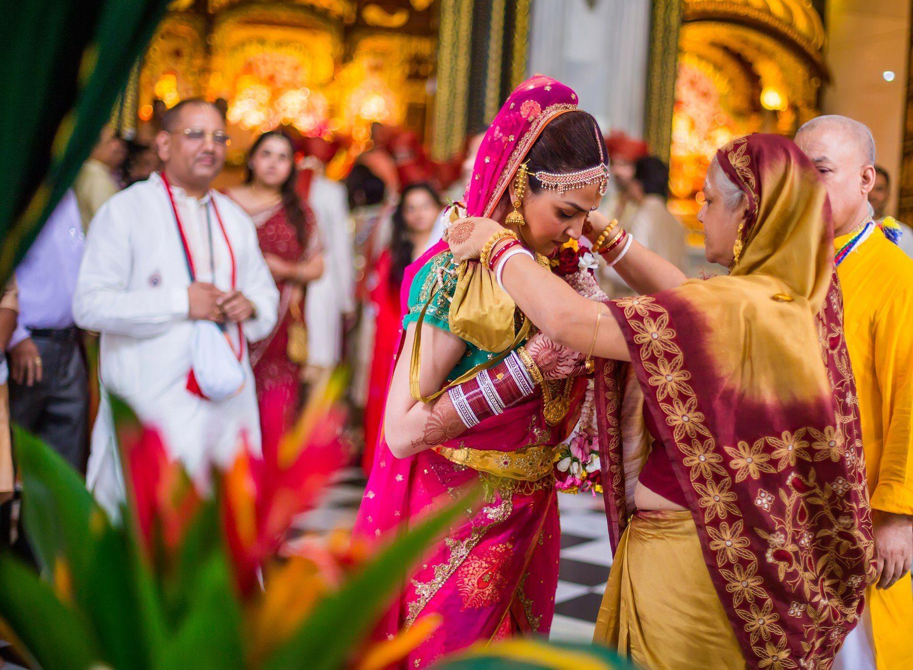 Mumbai Wedding Photographers Esha Bharat